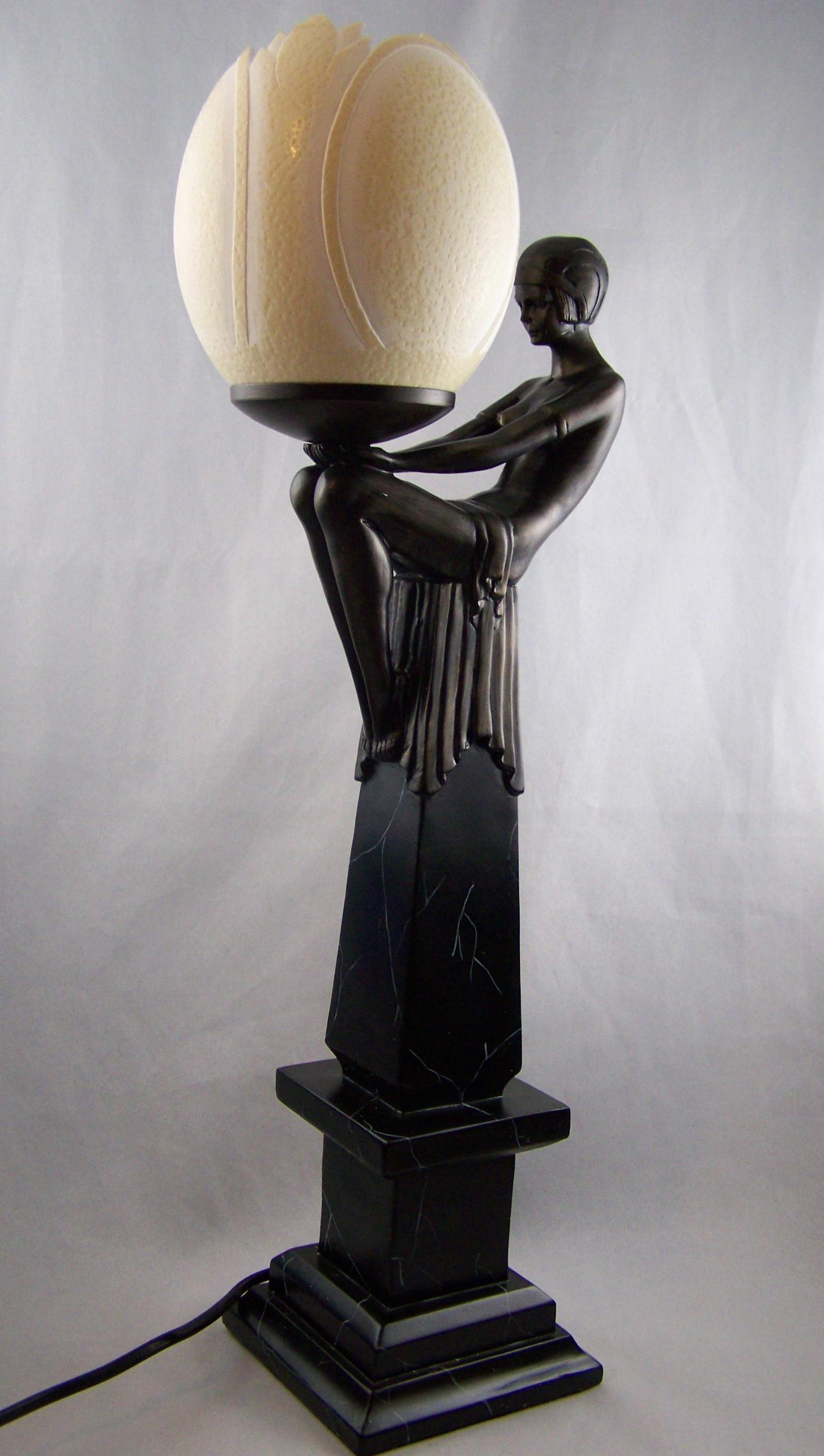 Art deco lampen tiffany lampen art deco lampen die for Design lampen nachbau